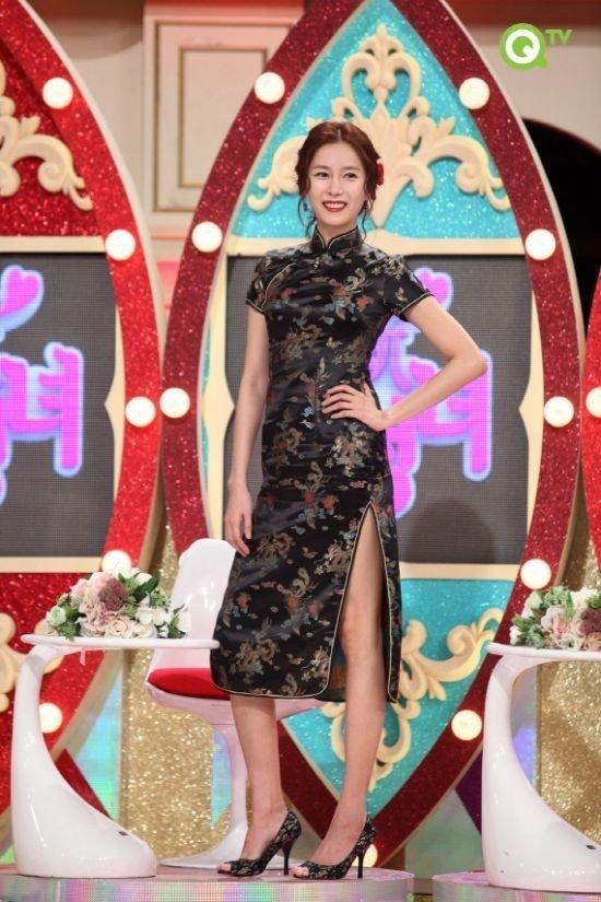 In Yeong Hwang Feet