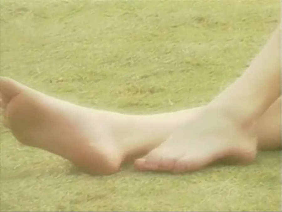 Qi Shu Feet