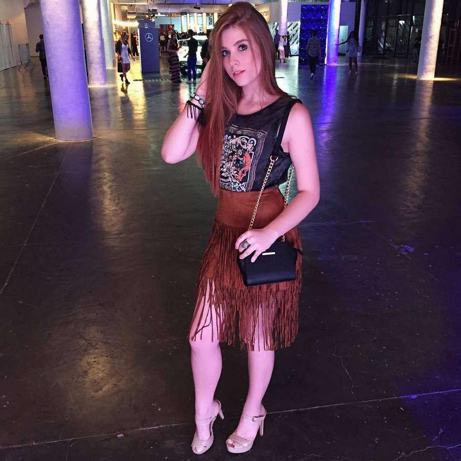 Flavia Charallo Feet