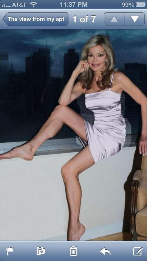 Julie Hayek Feet