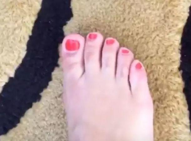 Sherlyn Feet
