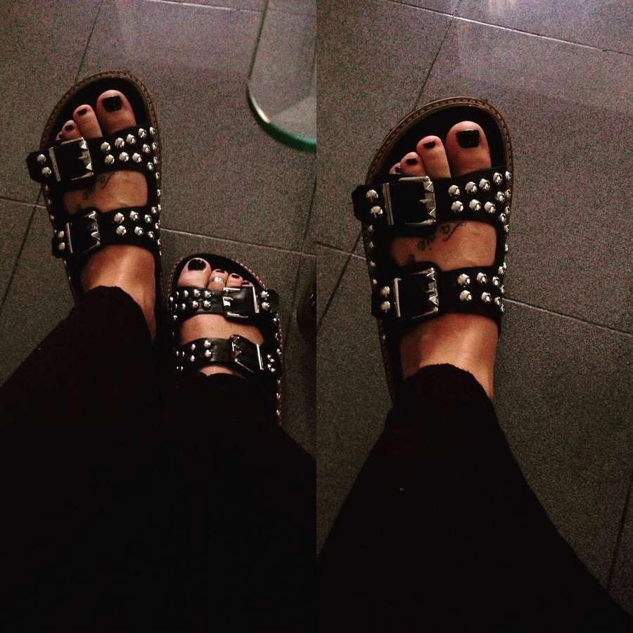 Belen Pereyra Feet