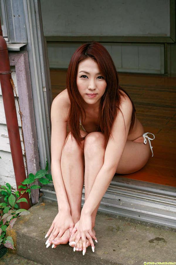 Tsuruta Reiko Feet