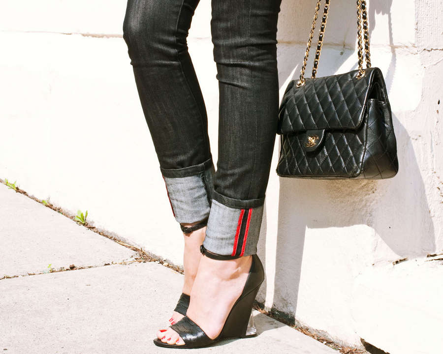 Kelly Framel Feet