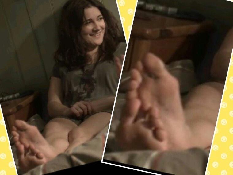 Sarah Solemani Feet