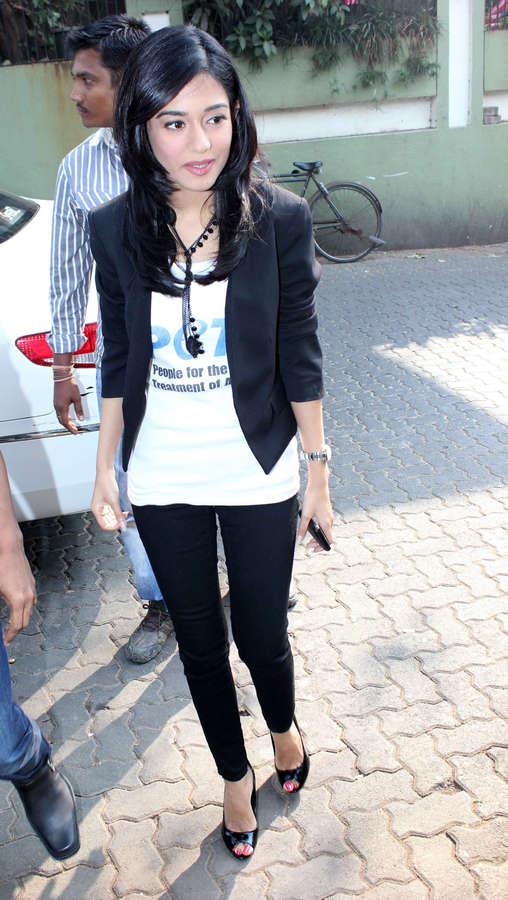 Amrita Rao Feet