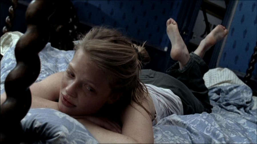 Melanie Thierry Feet