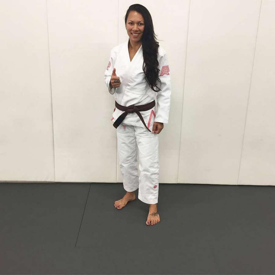 Raquel Paaluhi Feet