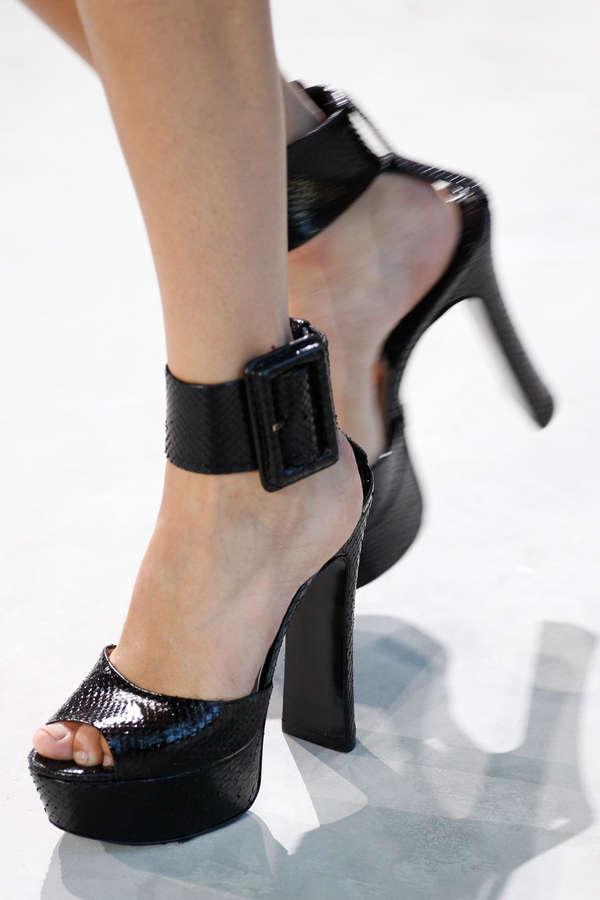 Mica Arganaraz Feet