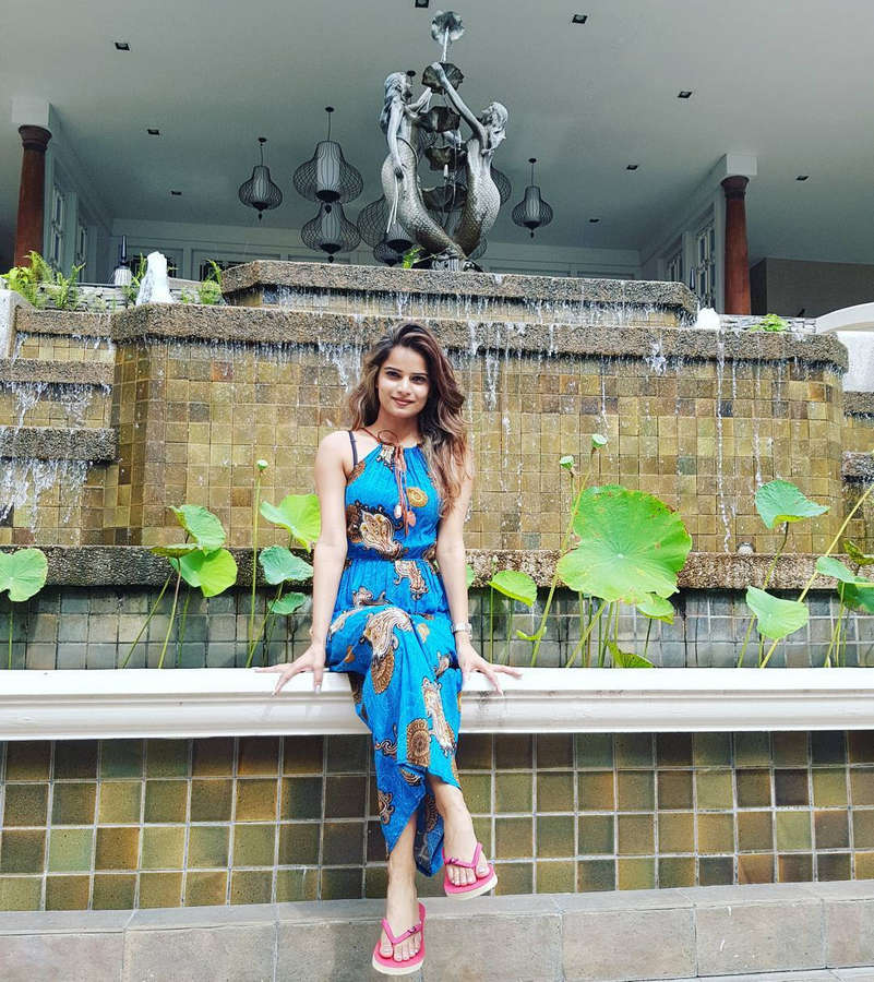 Archana Gautam Feet