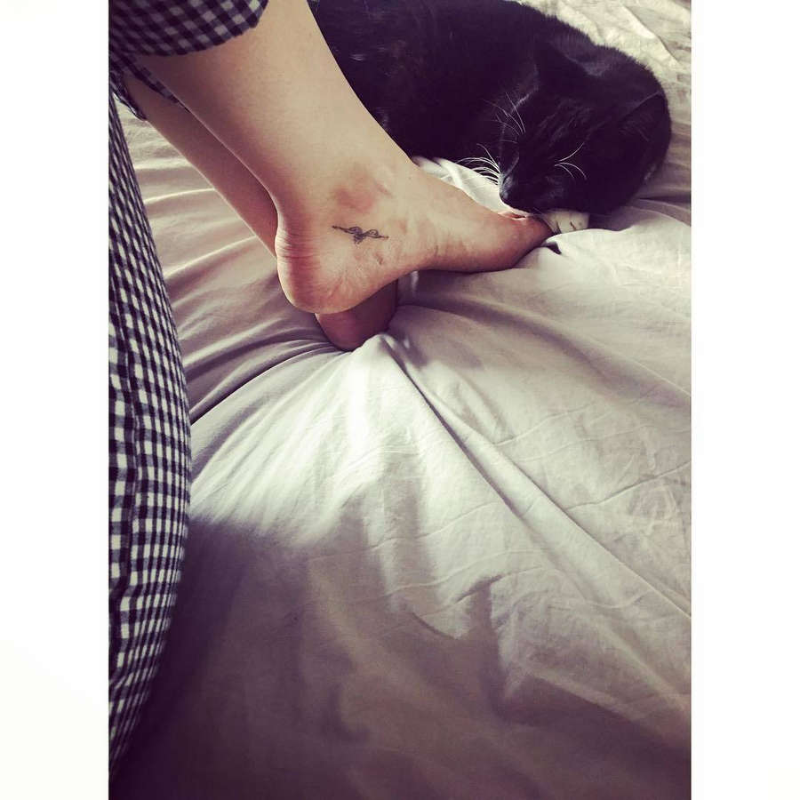 Rachel Bright Feet