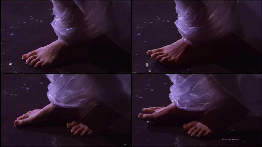 Esmee De La Bretoniere Feet