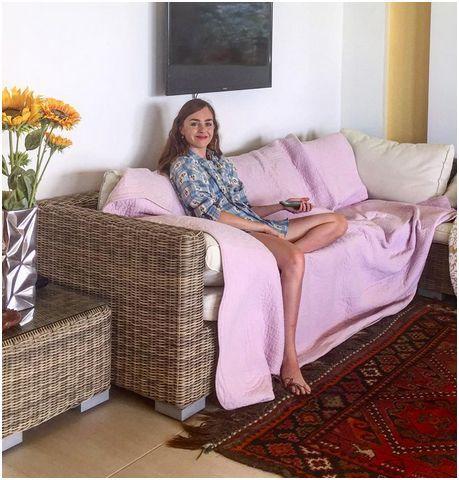 Louisa Connolly Burnham Feet
