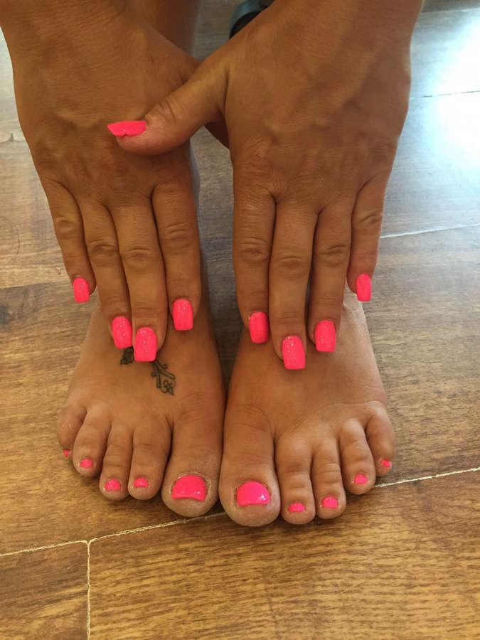 Holly McGuire Feet