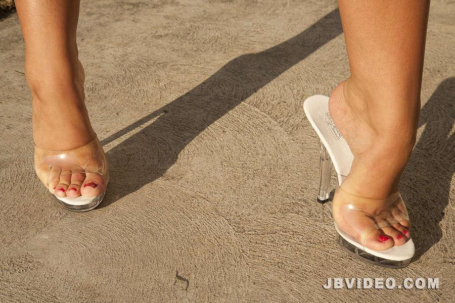 Jessica Lynn Feet (11 photos) - celebrity-feet.com