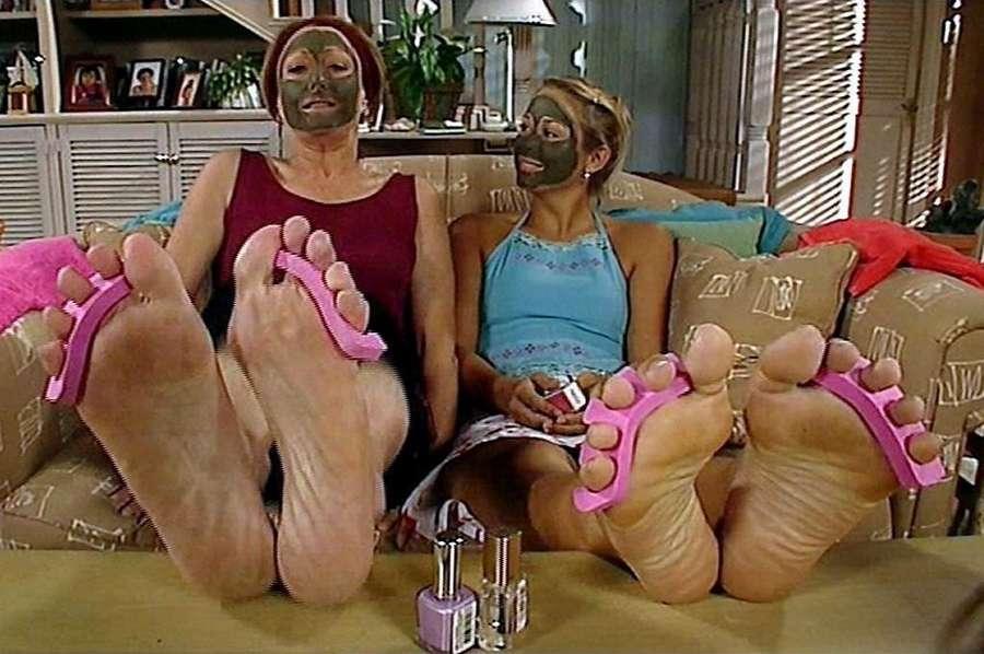 Lynne McGranger Feet