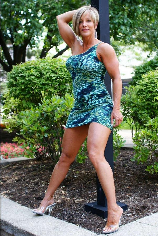 Красивые ножки зрелой женщины русски
