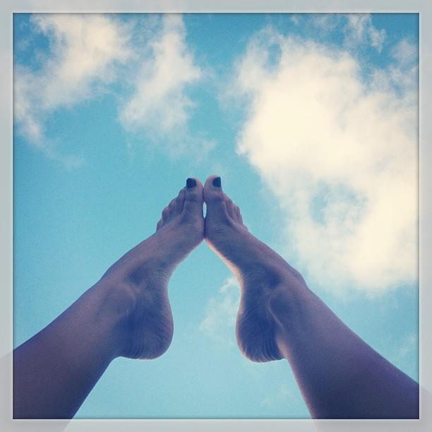 Laura Archbold Feet