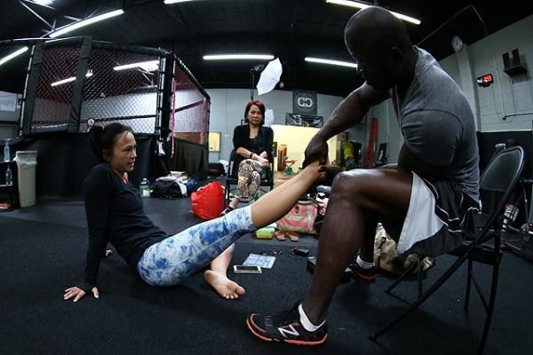 Michelle Waterson Feet