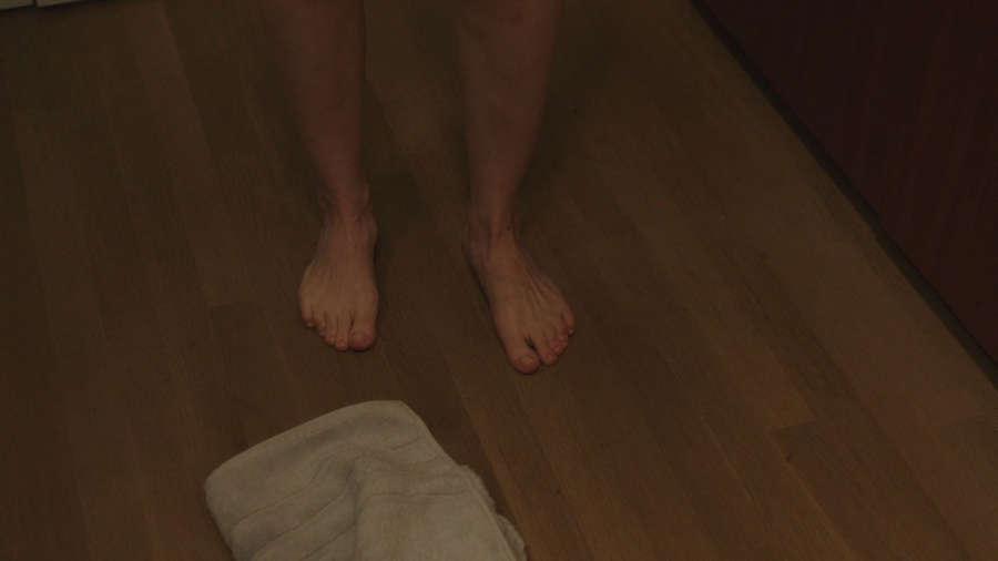 Amanda Peet Feet