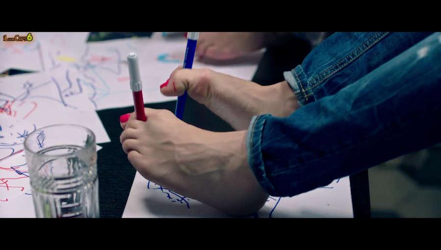 Carolina Crescentini Feet