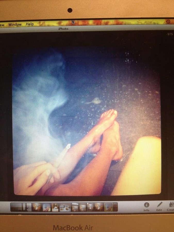 Anna Herrin Feet