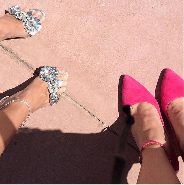 Shelley Hennig Feet