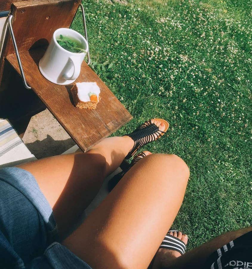 Sandra Nasic Feet