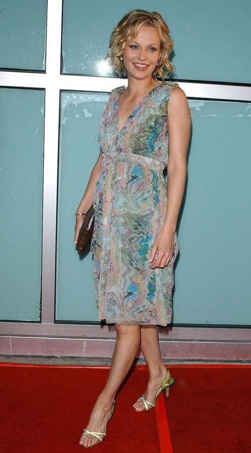 Samantha Mathis Feet