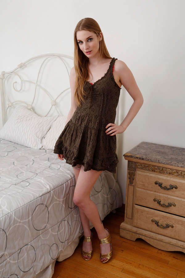 Ela Darling Feet
