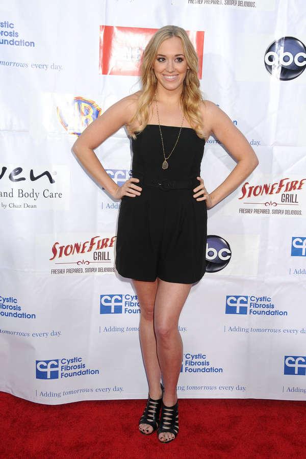 Andrea Bowen Feet
