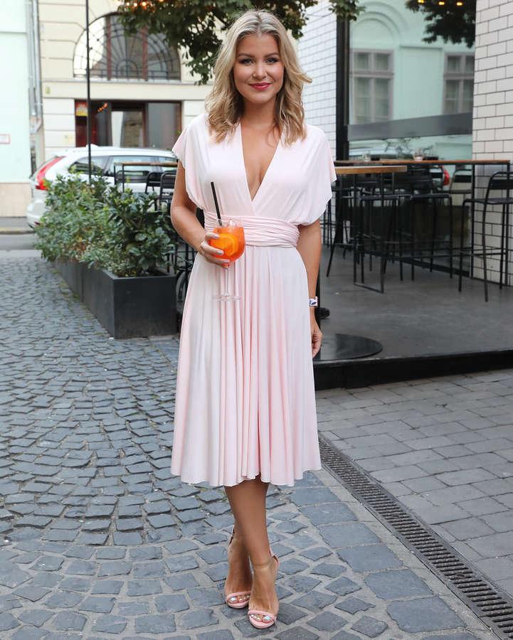 Katalin Nagy Feet