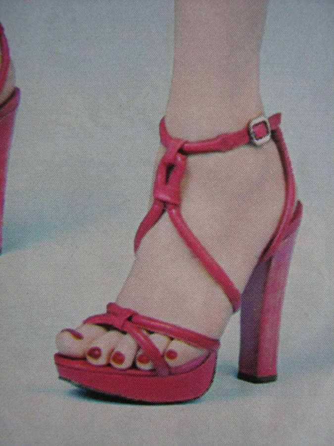 Mariana Ximenes Feet