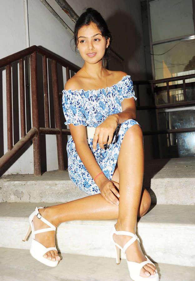 Monal Gajjar Feet