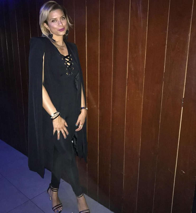 Robyn Dixon Feet