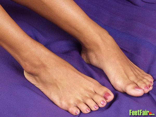 Kelana Feet