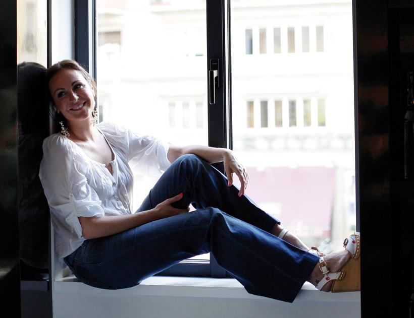 Ana Milan Feet
