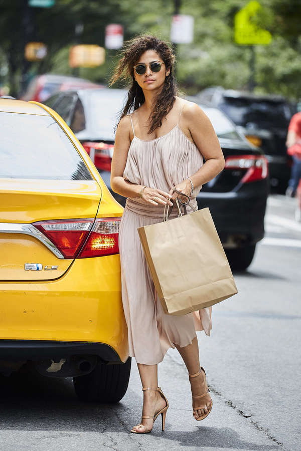 Camila Alves Feet
