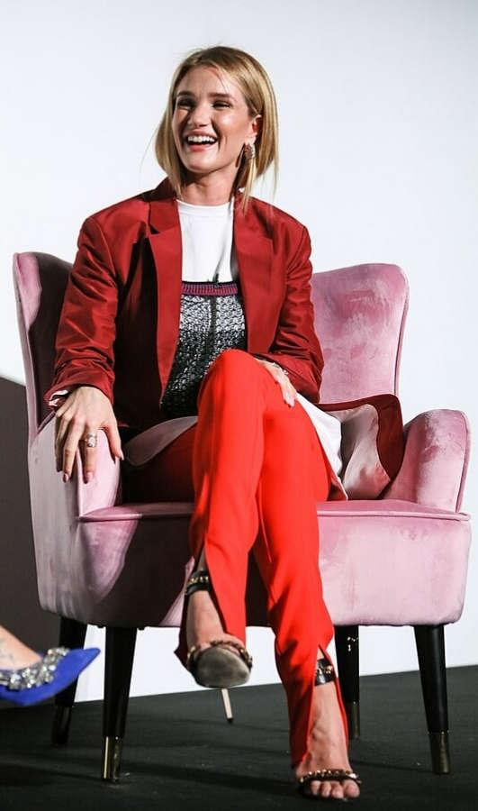 Rosie Huntington Whiteley Feet