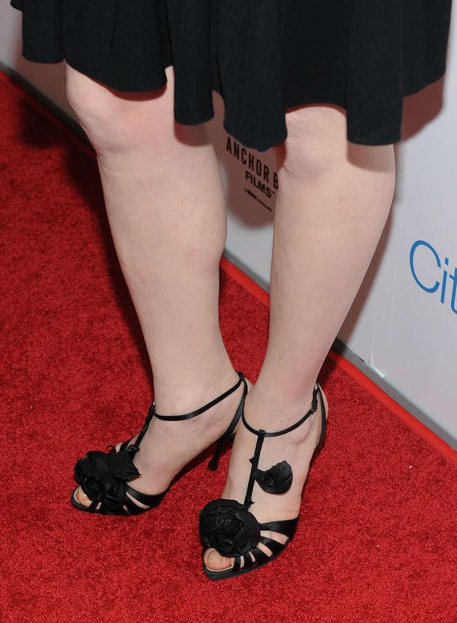 Julianna Margulies Feet