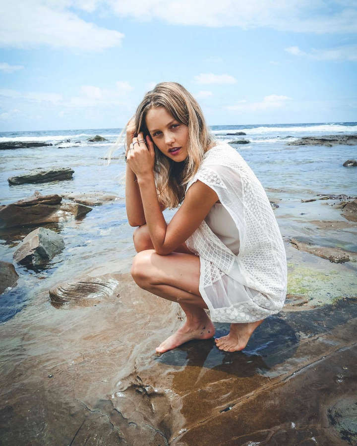 Isabelle Cornish Feet