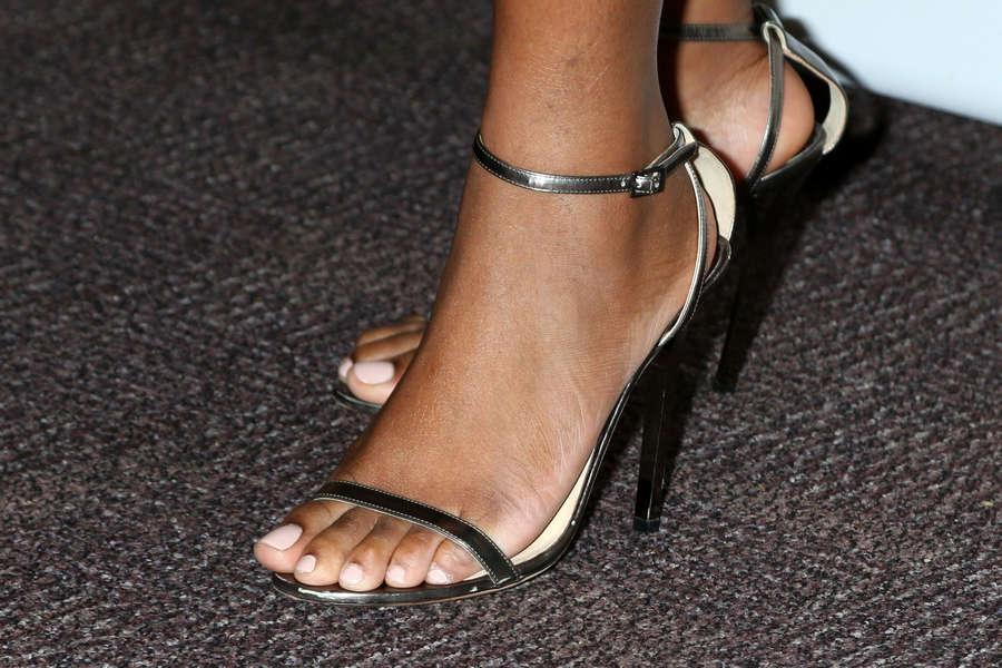 Tika Sumpter Feet