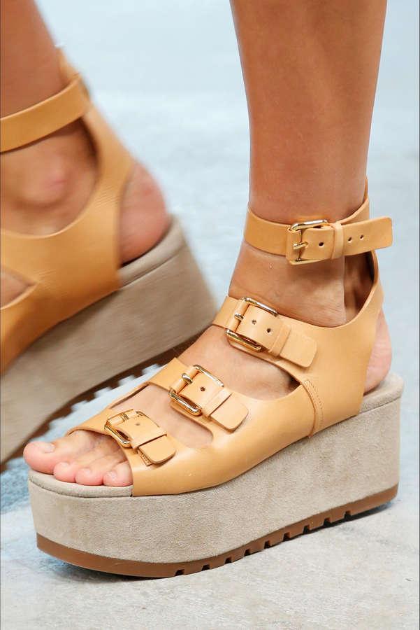 Anna Ewers Feet