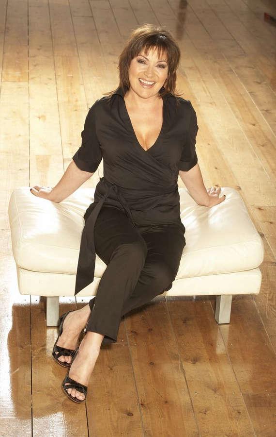 Lorraine Kelly Feet