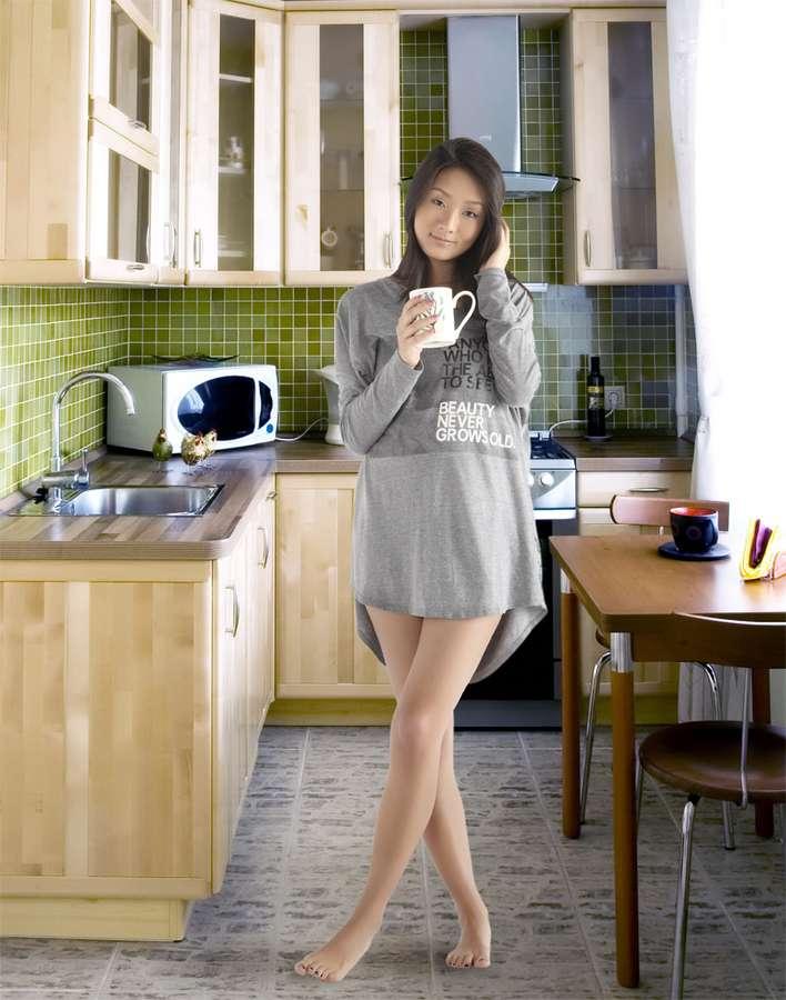 Danielle Yu Feet