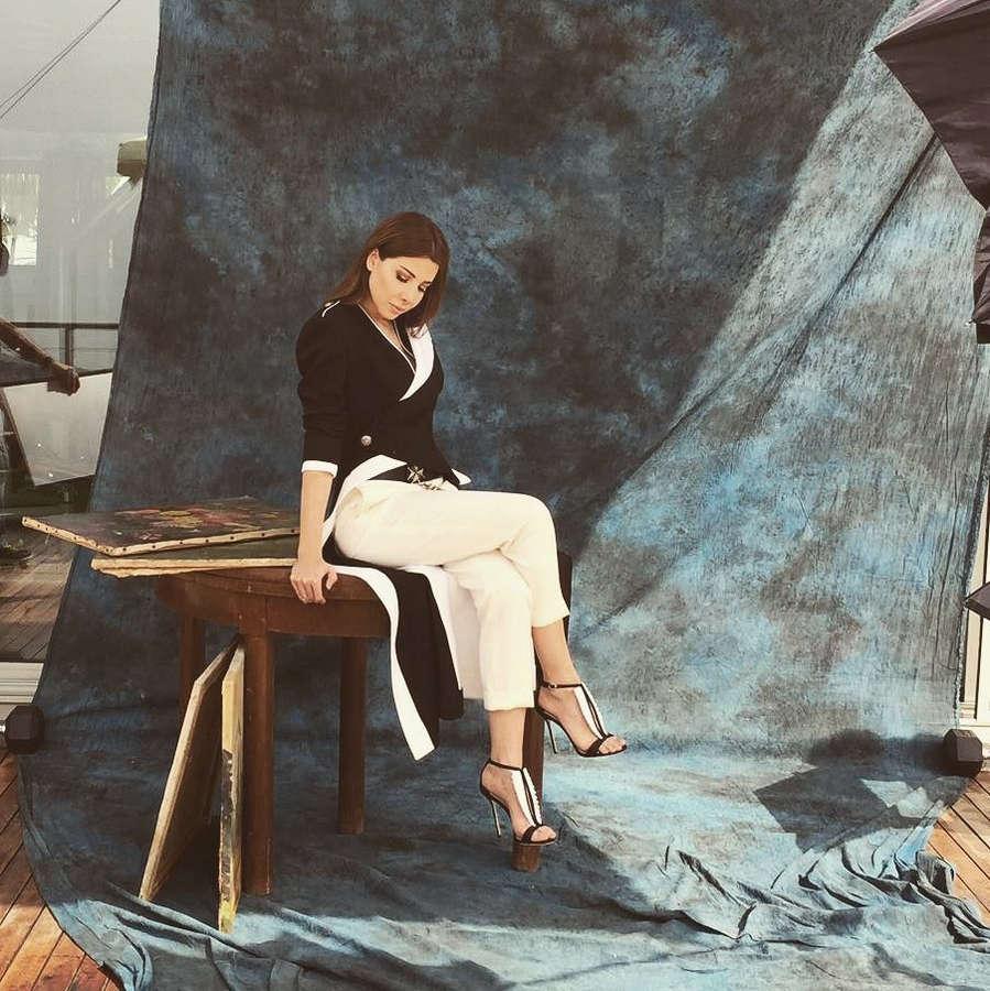 Nancy Ajram Feet