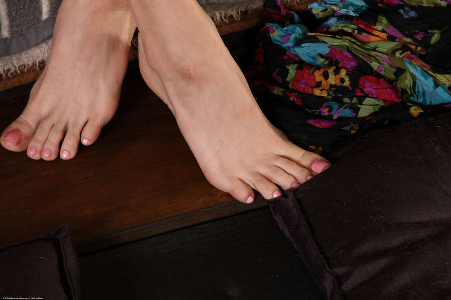 Holly Michaels Feet