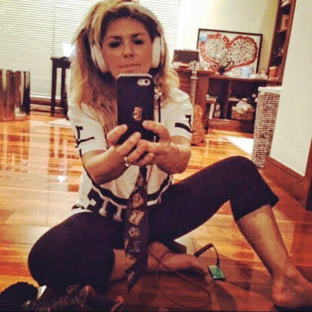 Shania Twain Feet