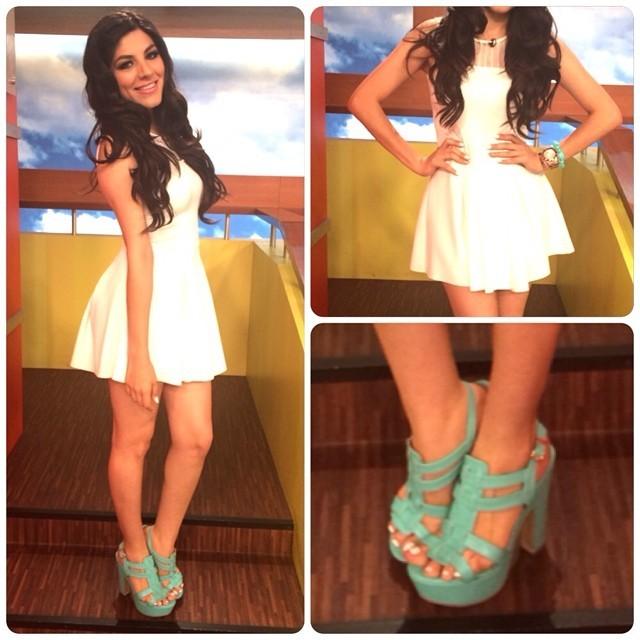 Flor Veliz Feet