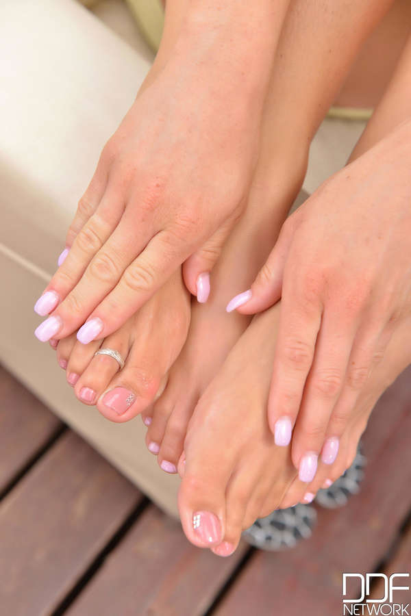 Vicky Love Feet